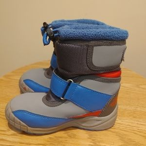 The North face boy winter snow boots size 10